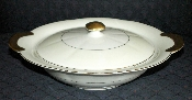 Theodore Haviland Leeds White & Cream Covered Casserole
