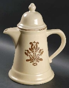 Pfaltzgraff Village 4 Cup Tea Pot