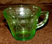 Belmont Tumbler Green Depression Bowknot Cup