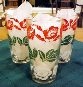 Swanky Swigs Red, Green, White Flower Jar Glass Tumbler Set